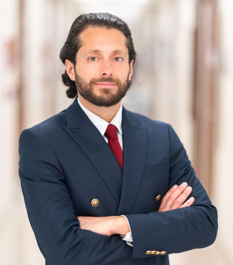 Dr Parviz Sadigh is a Consultant Plastic Reconstructive Surgeon in Dubai